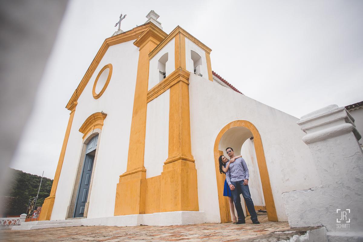 casal na igreja de santo antônio de lisboa