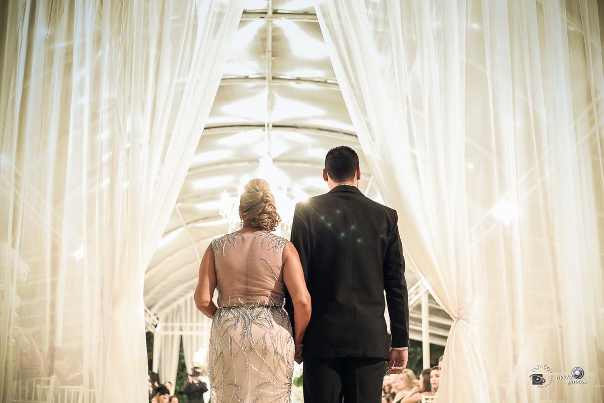 Entrada do noivo - fotografia de casamento Goiania