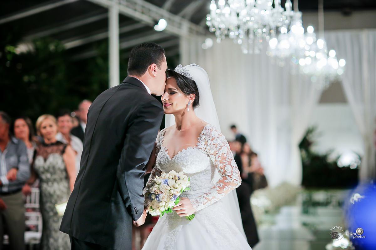 Entrada da noiva - fotografia de casamento Goiania