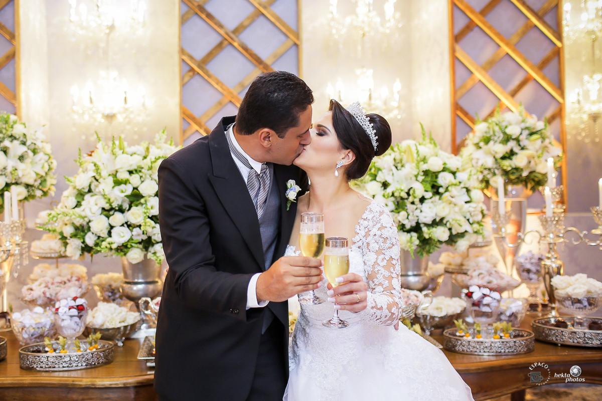 Brinde dos noivos - Cerimonia de casamento - fotografia de casamento - fotografo de casamento - vestido da noiva
