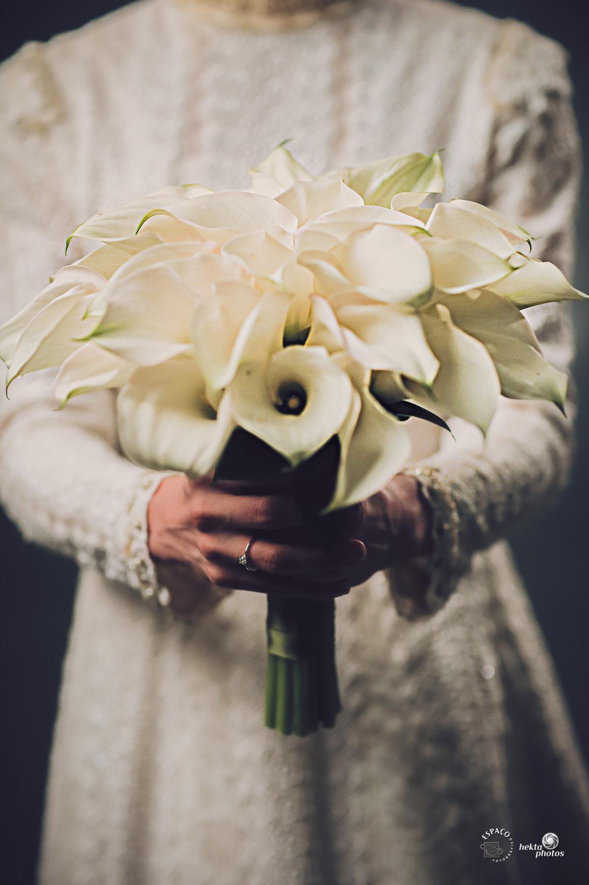 Detalhe do buquê da noiva