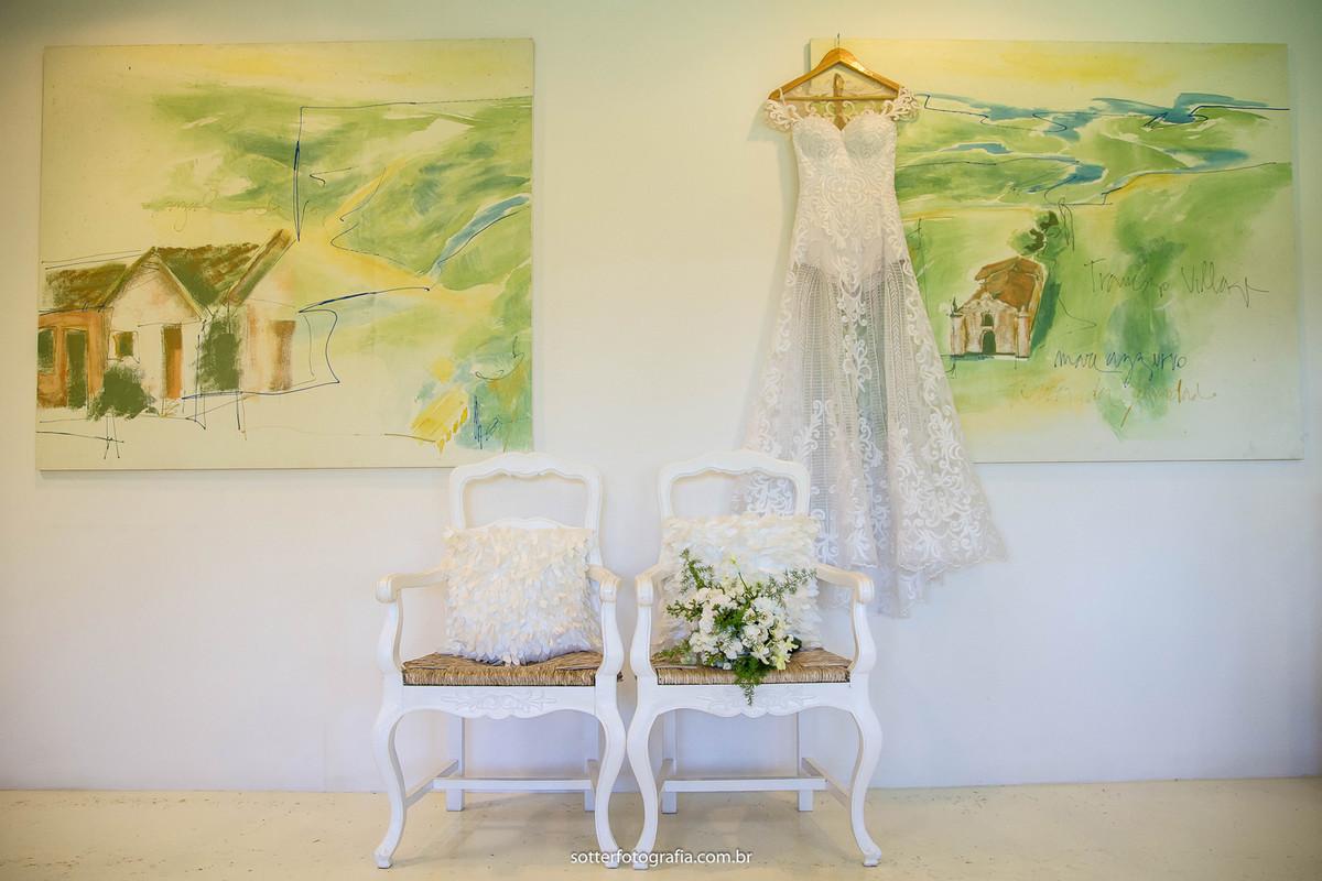 Vestido e buquê da noiva casamento em trancoso casamento club med trancoso fotografo de casamento trancoso casar em trancoso sotter fotografia