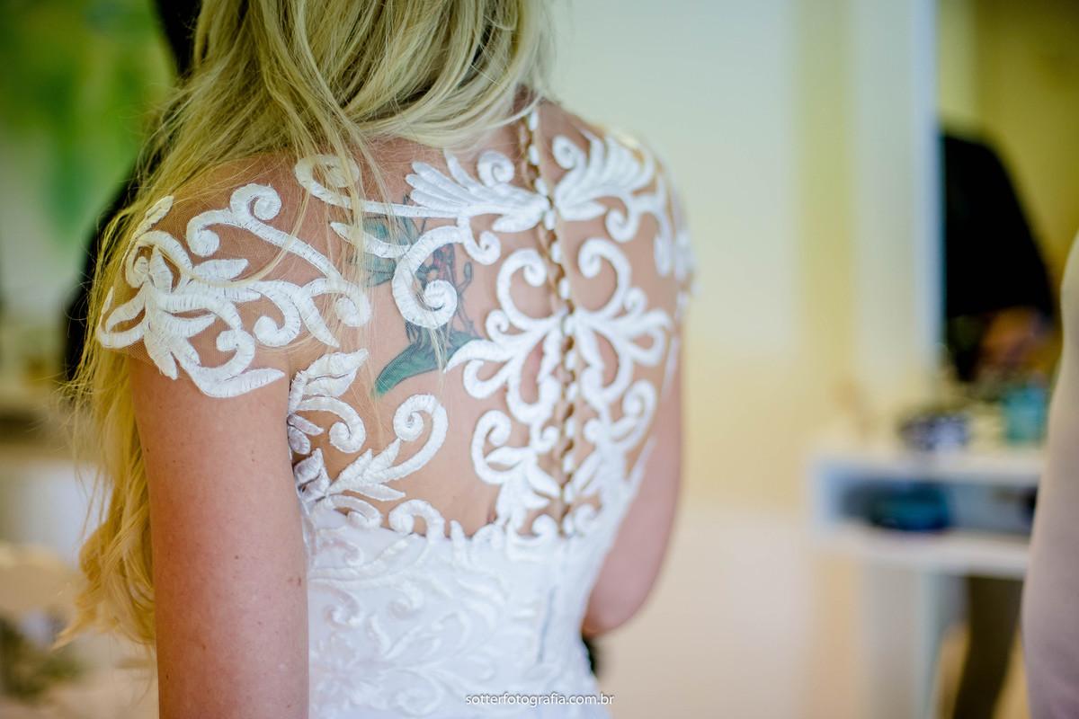detalhes do vestido da noiva casamento no club med trancoso fotografia sotter fotografo de casamento sotter fotografia