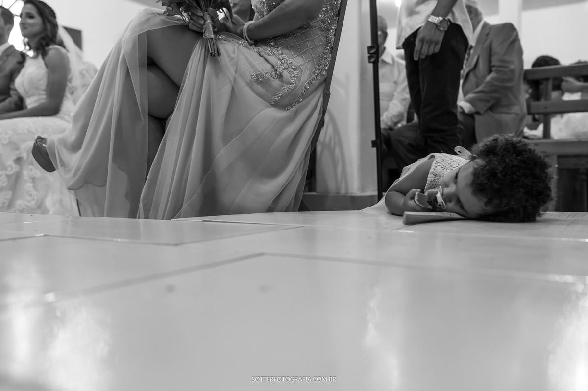 criança dormindo no casamento , sotter fotografia