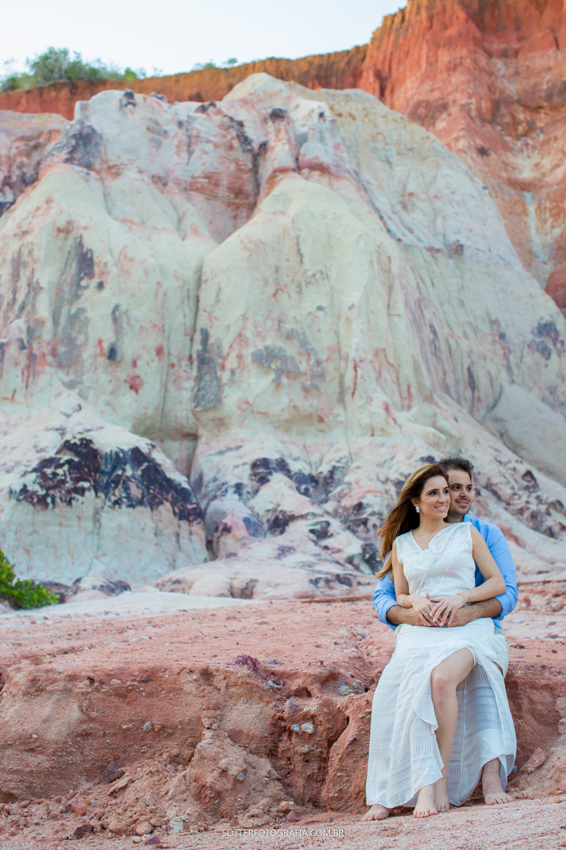 casal na falésia arraial, casamento