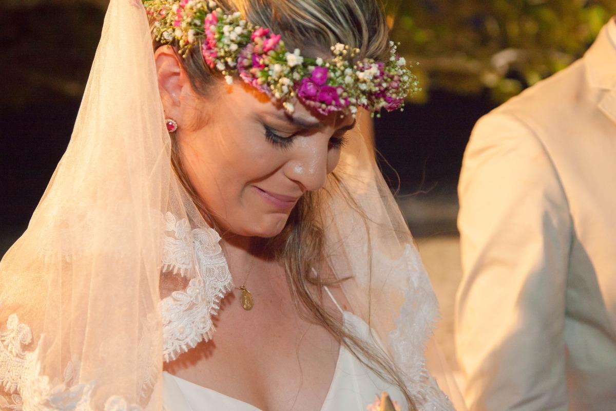 casamento, casar na praia , casando na praia, lapis de noiva , vestido de noiva, veu de noiva, arraial dajuda, casar em arraial dajuda casar na bahia , wedding, casar na praia, sim no altar, casei, noiva, noivo,pagens, decoracao de casamento, emoça