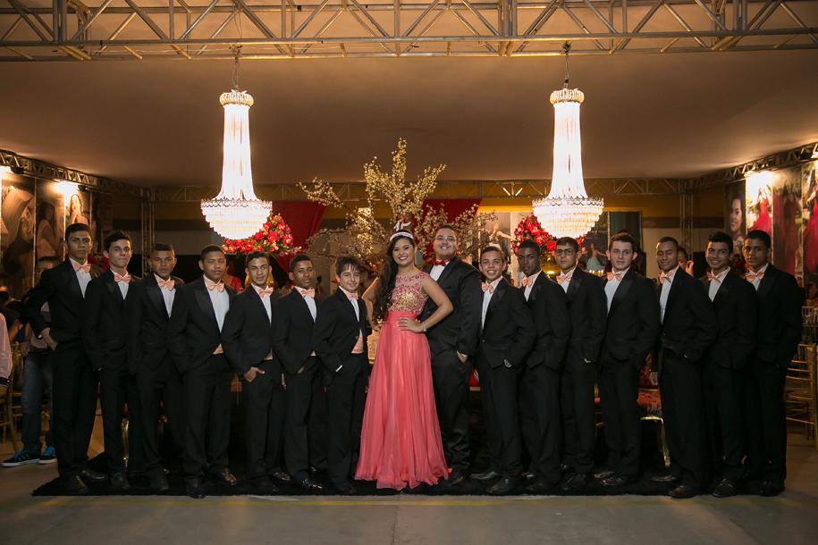 15 anos , debutante, vestido 15 anos, vestido debutante , defleur decoracoes , sotter fotografia , eunapolis, trancoso, arraial, porto seguro, sao joao do paraiso, bahia , festa , luxo , festa vermelha, debutante de vermelho, debutante com tres vestidos,