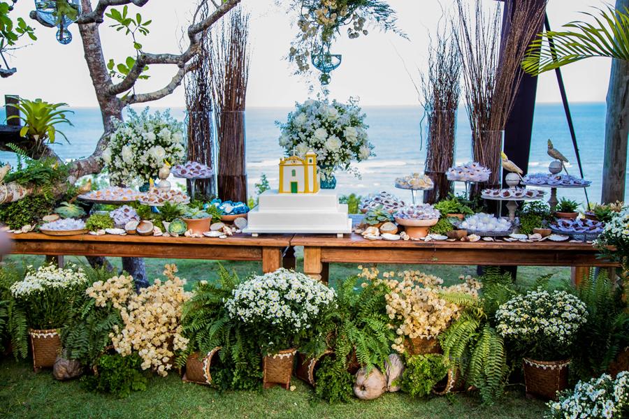 arraial d´ajuda, casar na bahia, casar em arraial d´ajuda, vestido de noiva, véu de noiva, igreja do arraial, decoração , defleur decorações , guta gula , patricia galvão , vestido de noiva, véu