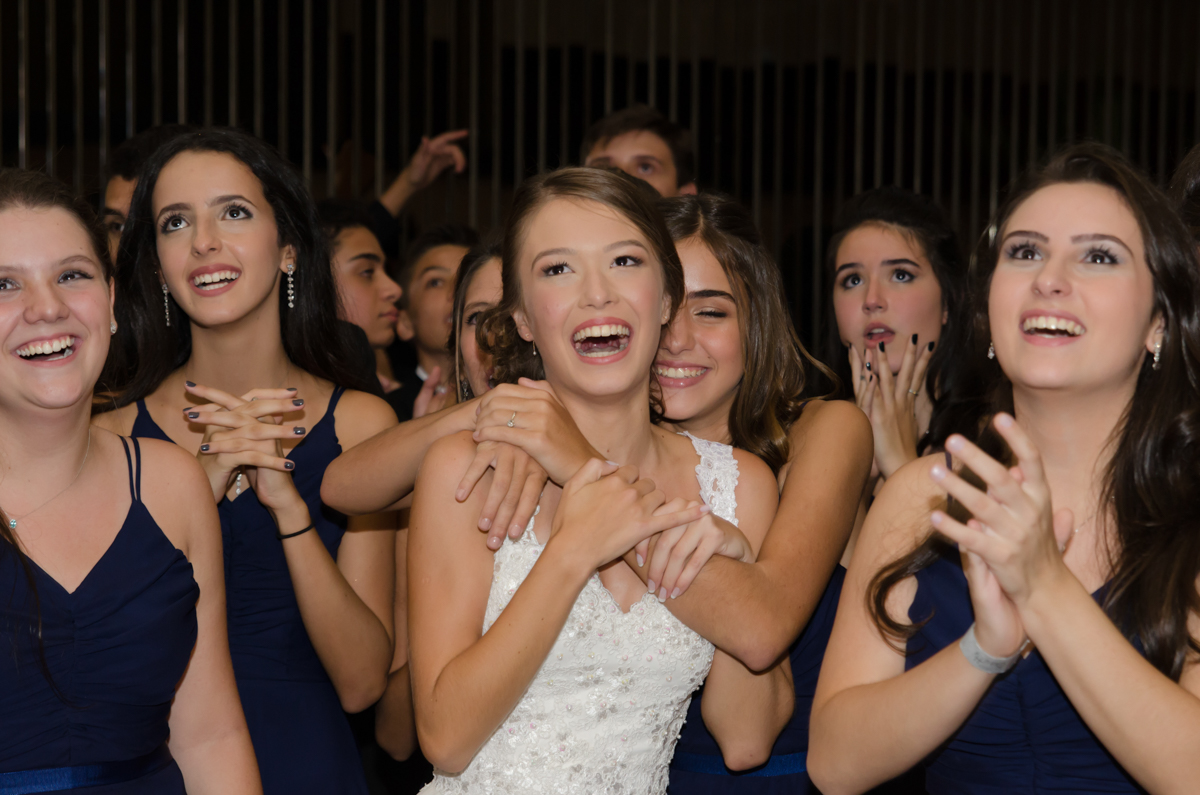 Amigas na festa - Fotos da Marina 15 Fotografia de debutante em São Paulo SP Buffet Villa Bisutti