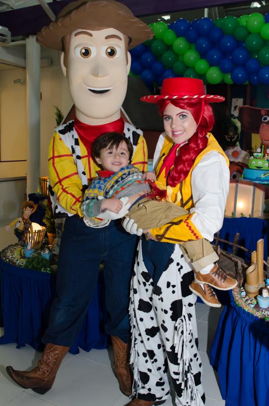 Olha o Wood - Fotografias do Enzo 3 anos - Festa de 3 anos do Enzo - fotografia e vídeo dessa festa infantil Maravilhosa.