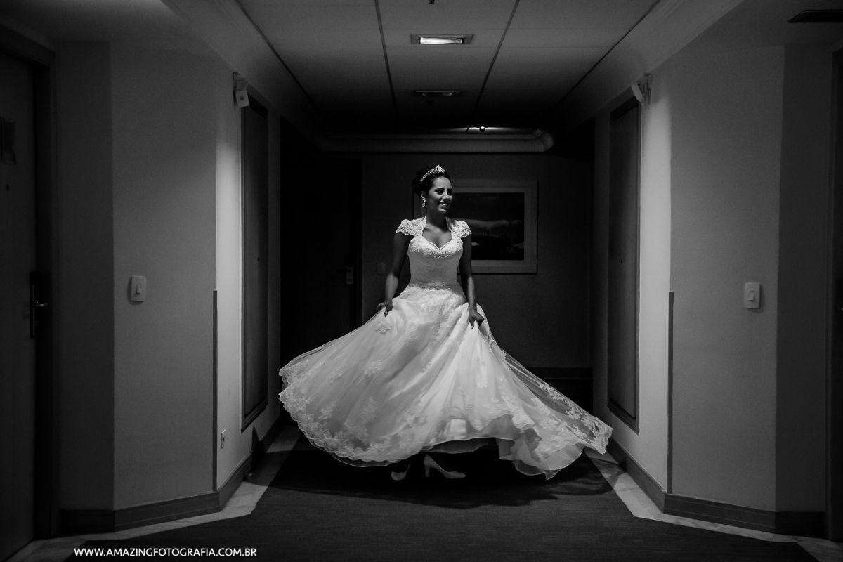 Amazing Fotografia fez o registro do ensaio fotográfico da Noiva Thamires no Hotel Hilton em São Paulo