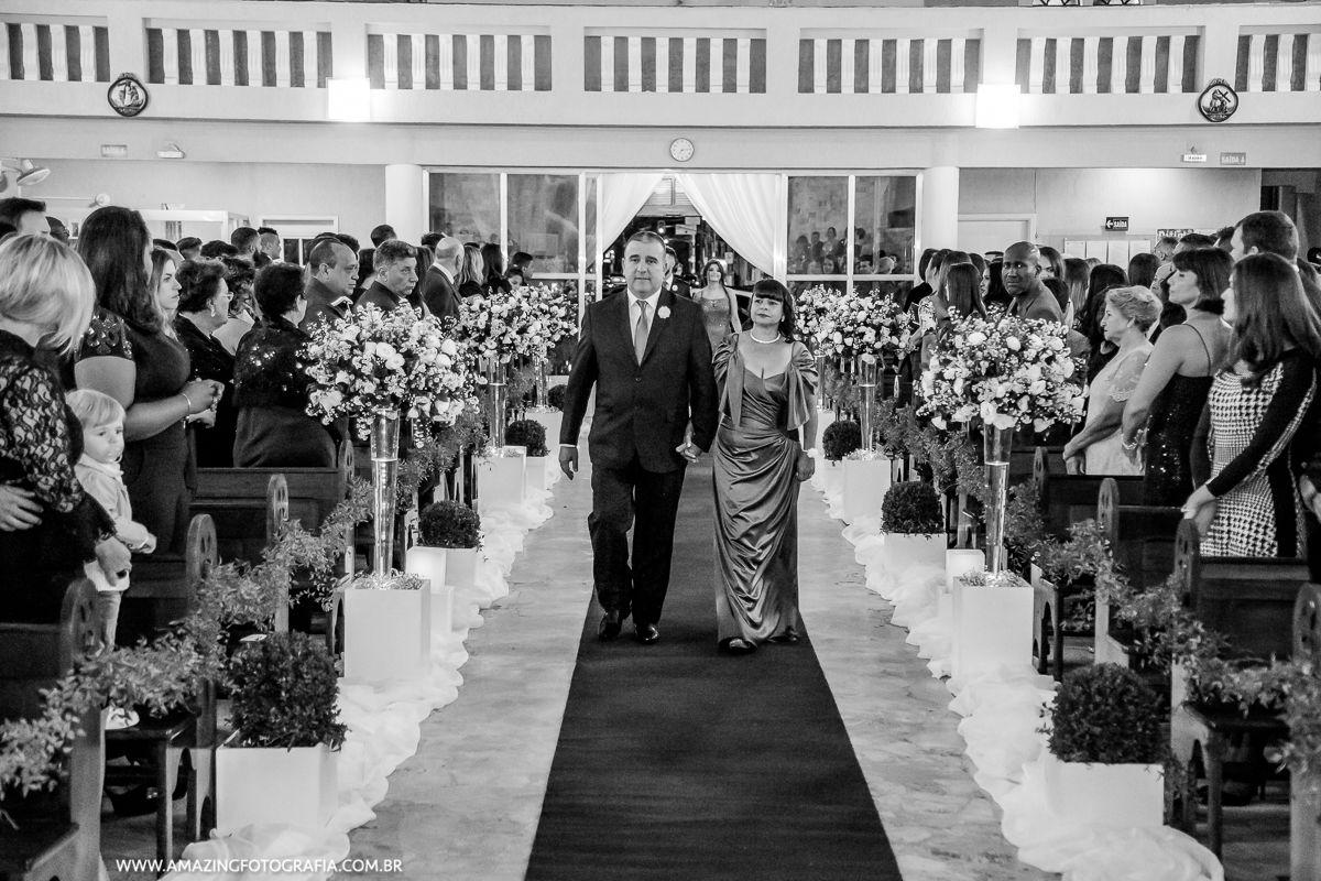 Fotografo de Casamento registrando a entrada dos padrinhos