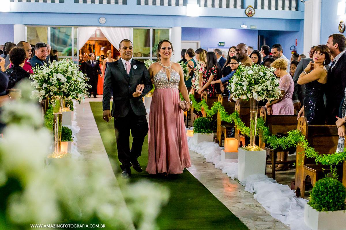 Fotografo de Casamento da Zona Norte, Sergio Damasceno, fez o registro das entradas dos padrinhos