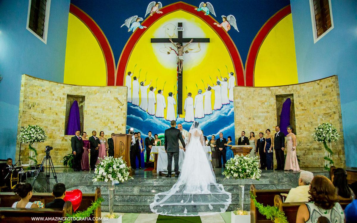 Casamento registrado pela Amazing Fotografia, realizado na zona norte de São Paulo