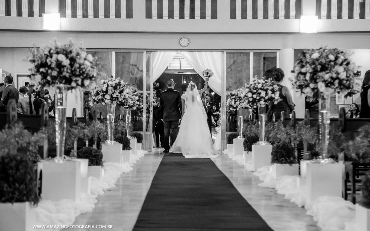 Casamento realizado na zona norte de São Paulo feito pela Frison Assessoria e Amazing Fotografia em uma parceria de sucesso