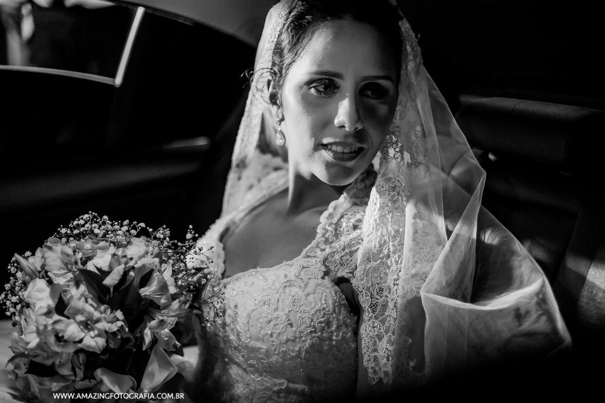 Noiva linda clicada pela Fernanda Damasceno que é Fotografa de Casamento