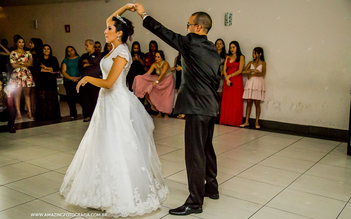 Fotografo de Casamento registrando casamento no Buffet Mansão Marion