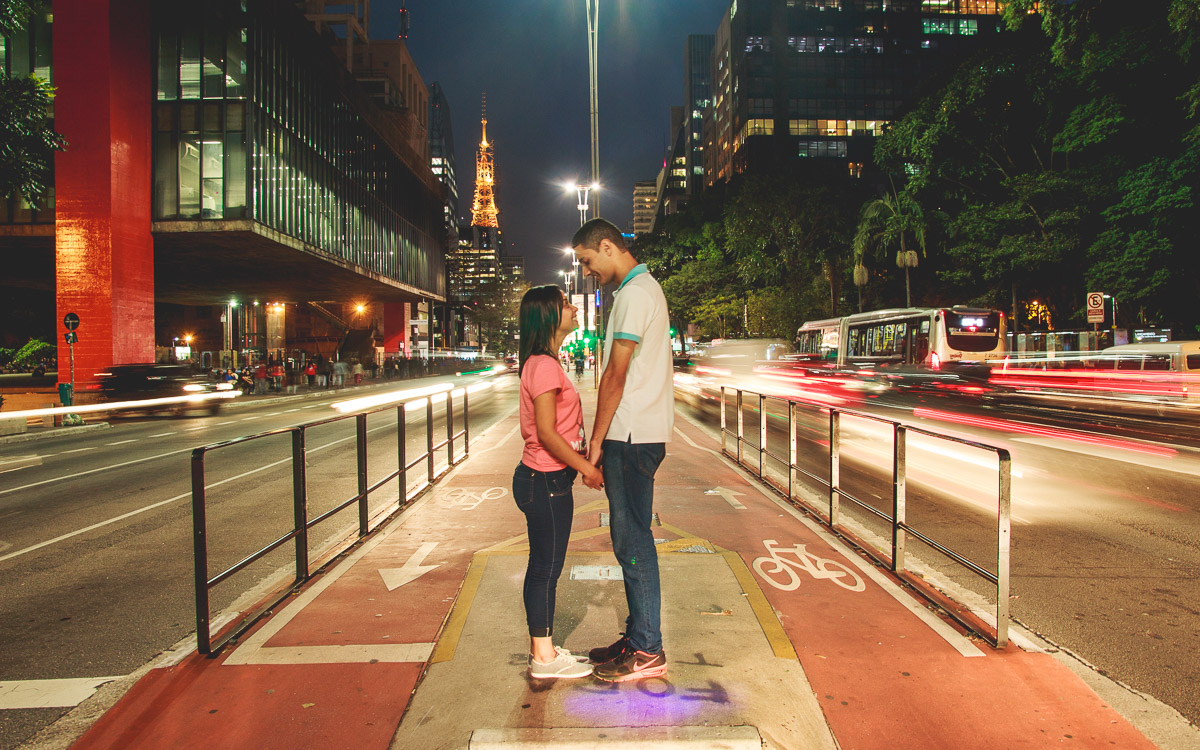 Pre wedding da Camila e Darlin na Avenida Paulista