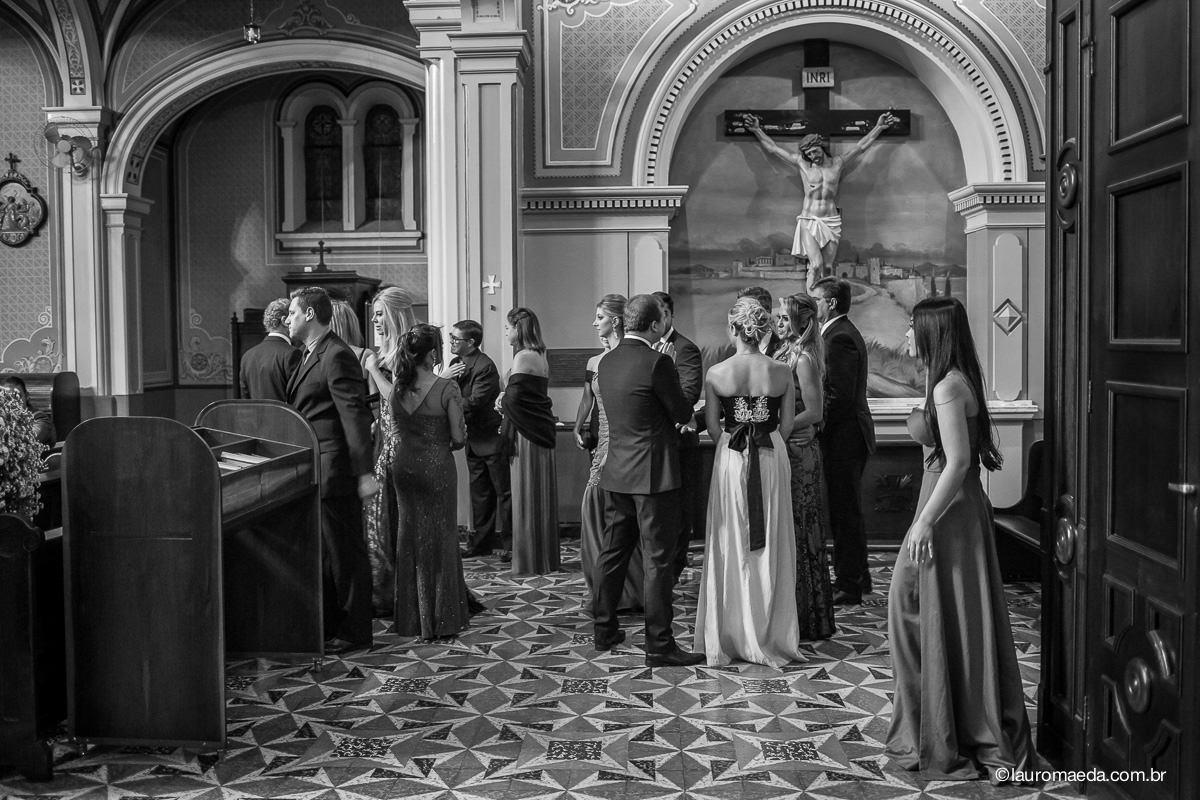 Convidados chegando para o casamento da Camila e Antonio