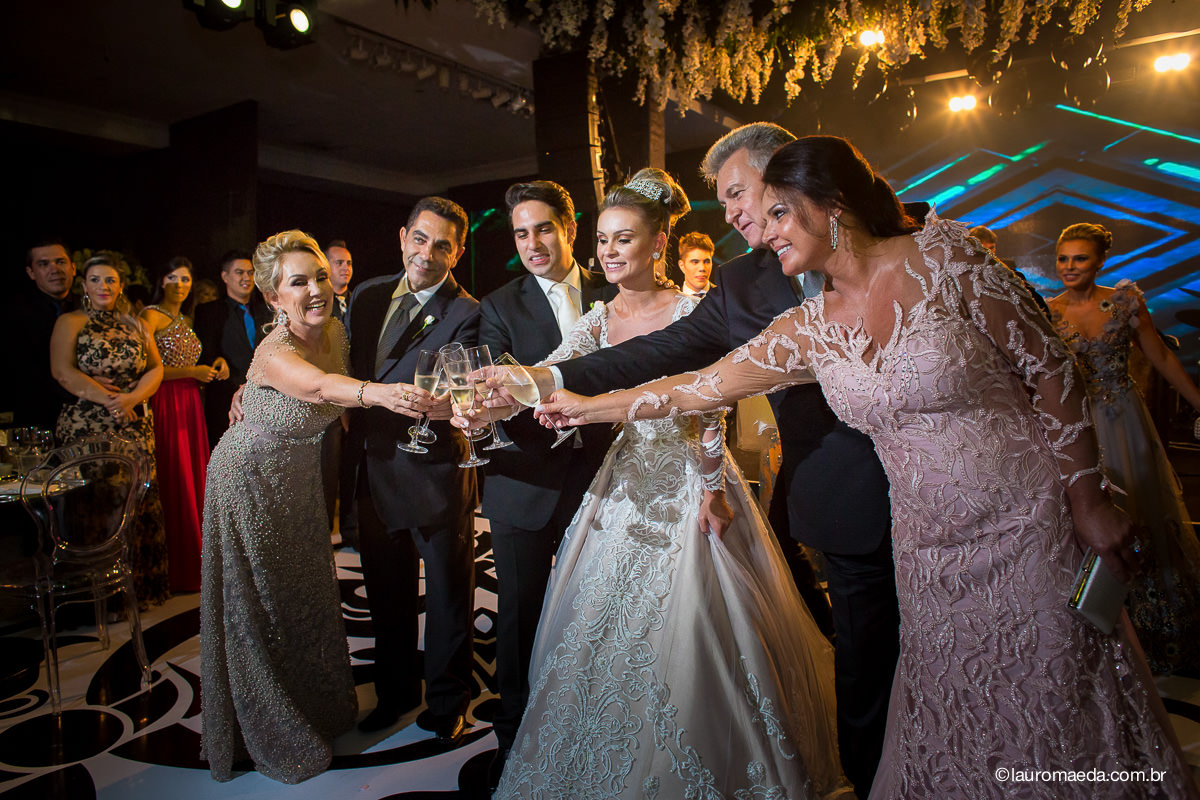 Brinde dos noivos e seus pais