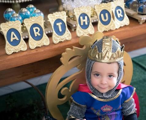 Aniversário de { Arthur, 2 anos }