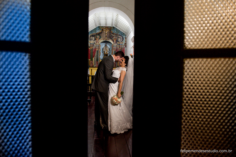 Casamento da Natália e Oscar, Igreja São Francisco Xavier, festa tropical, Niterói, fotógrafo e vídeomaker Felipe Mendes, faz casamento, 15 anos e aniversários nas cidades de niterói, Rj, rio, búzios