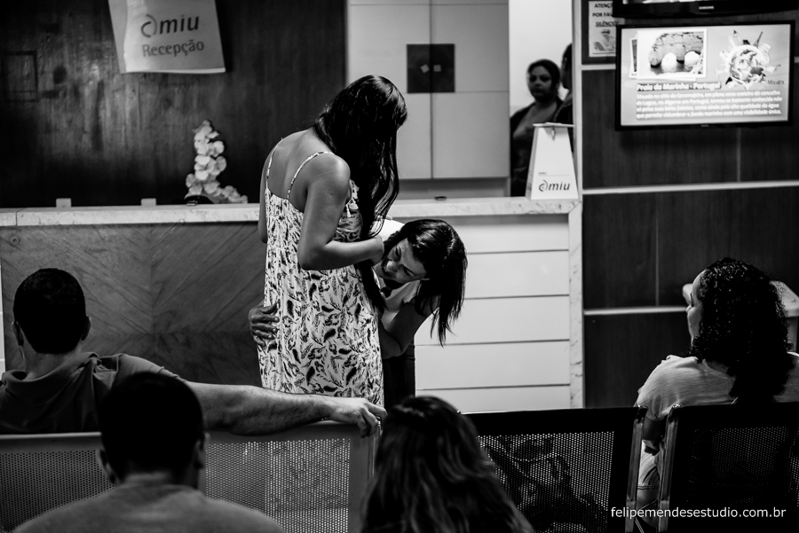 fotografia de parto, a chegada de enzo, fotografo de parto, felipe mendes fotografia e filme de parto