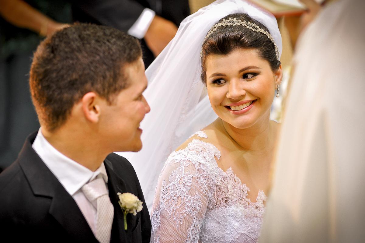 casamento joana e abel - cerimonia religiosa - igreja santa rita de cassia - charles studio