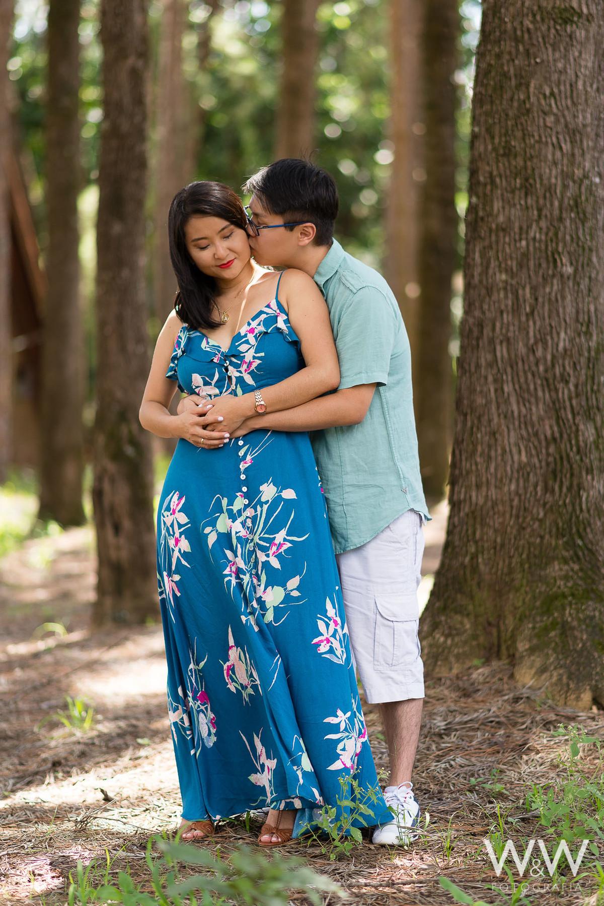 ensaio pré wedding casal oriental holambra eucalipto