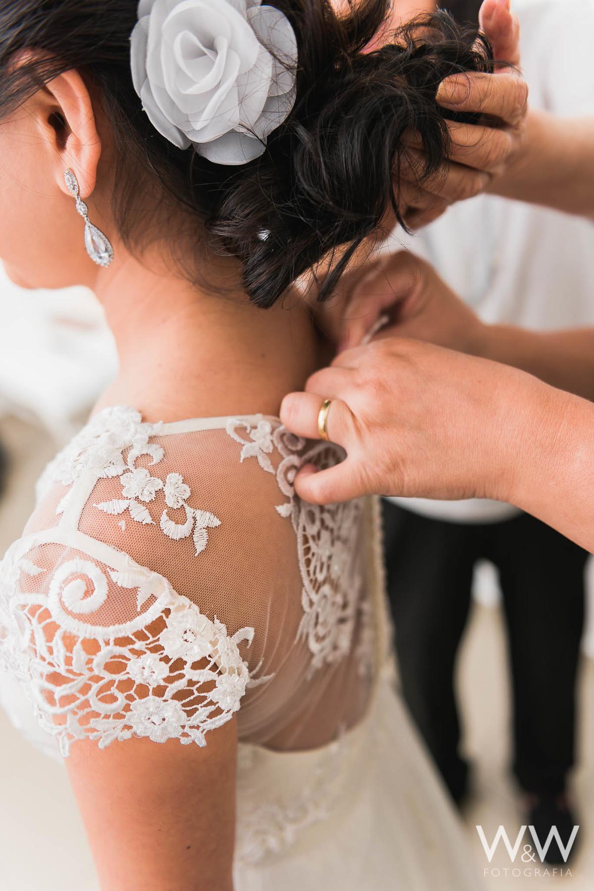 making of noiva são paulo penteado flores vestido renda