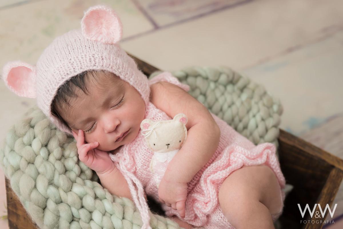 newborn  menina rosa são paulo estudio wewfotografia