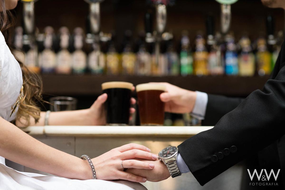 pré-wedding ensaio casal são paulo mercadão cerveja