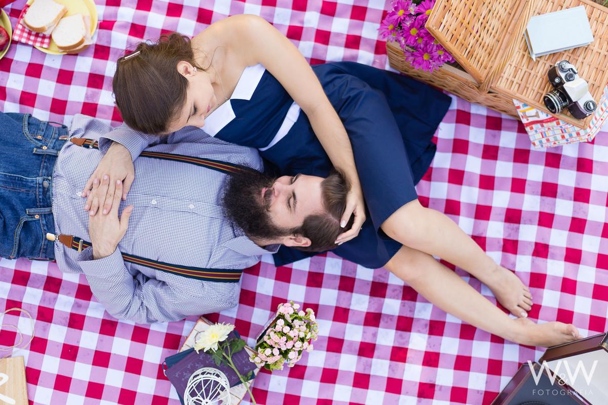 ensaio pré wedding casaL são paulo parque ecológico do tietê retro temático