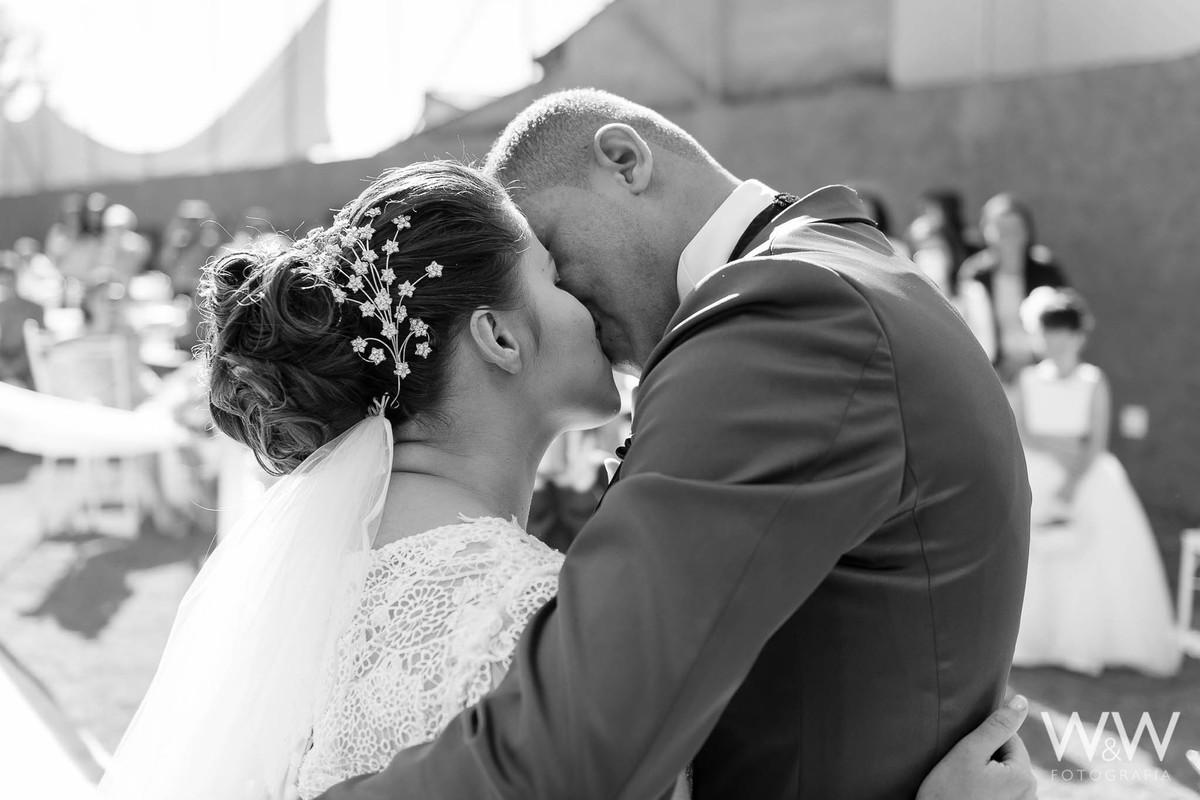 casamento  mairiporã são paulo casal beijo wew fotografia