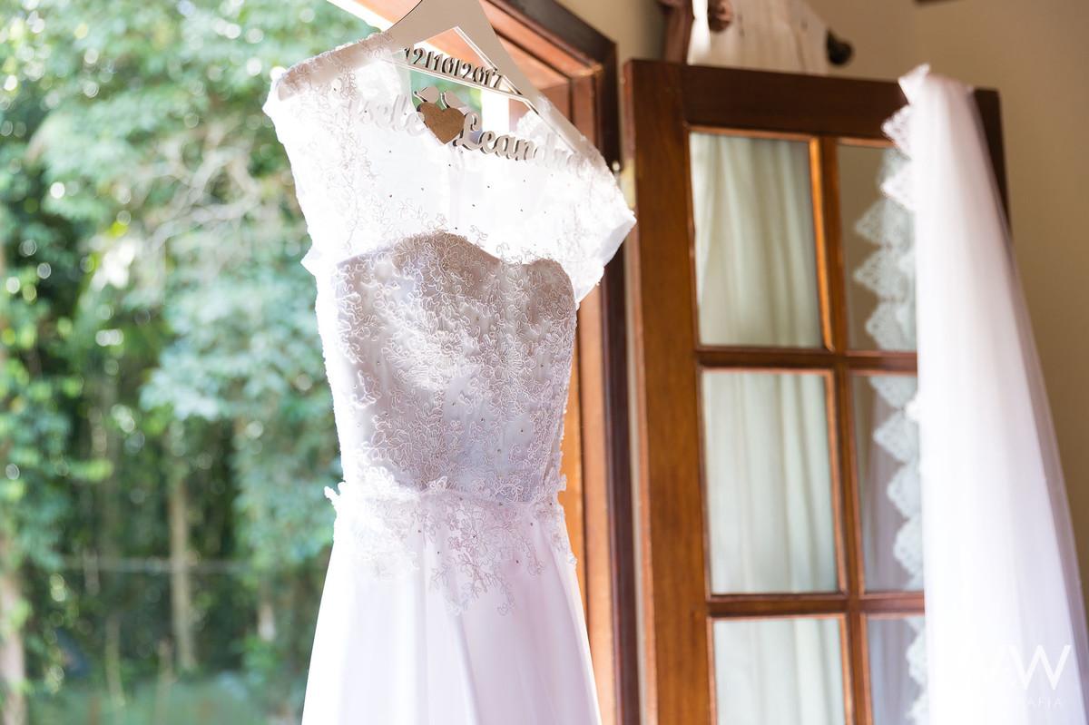 casamento itapecerica da serra mombaça park diurno wew fotografia making of vestido de noiva