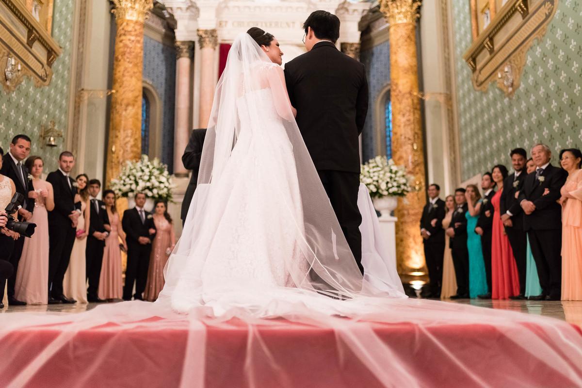 casamento igreja calvario são paulo casal cerimonia noivos véu altar wewfotografia