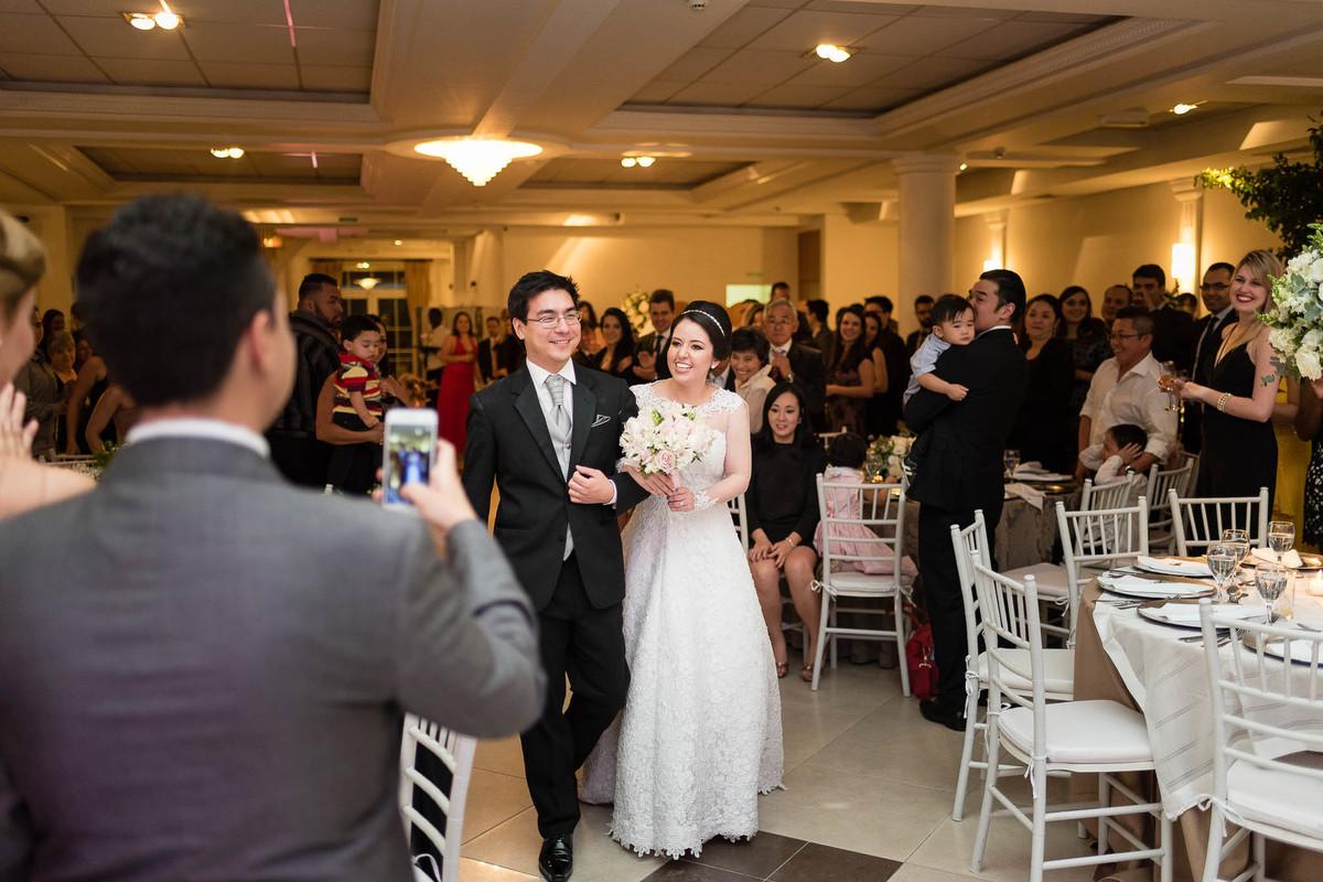 fotografia casamento espaço nobre são paulo oriental noivos entrada casal bouquet vestido wewfotografia