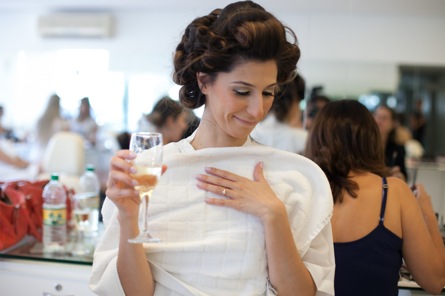 making of noiva, vestido de noiva, Le Touche, salao Le Touche, Le Touche goiania, casamento em casa, casamento de dia, festa de casamento, decoração de casamento, noivos, noiva, noivo, casamento, fotografia de casamento goiania, fotografia d