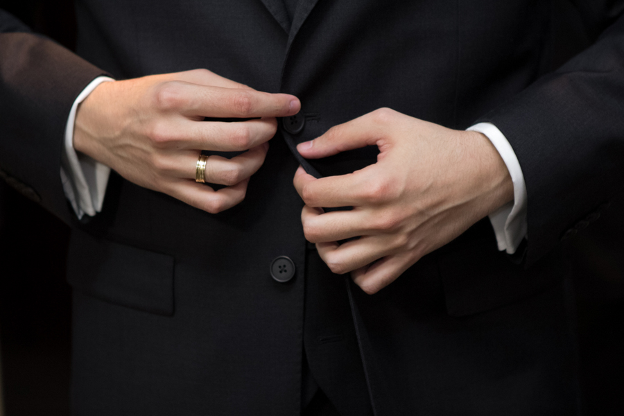 making of do noivo, making of em casa, terno do noivo, dia do noivo, festa de casamento, decoração de casamento, noivos, noiva, noivo, casamento, fotografia de casamento goiania, fotografia de casamento go, casamento em goiania, fotografo de