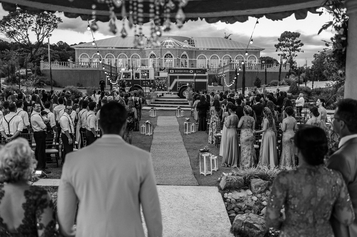 Casamento Vanessa e Vitor no Villa Giardini. Foto pelo fotógrafo de casamento Gabriel Pelaquim.