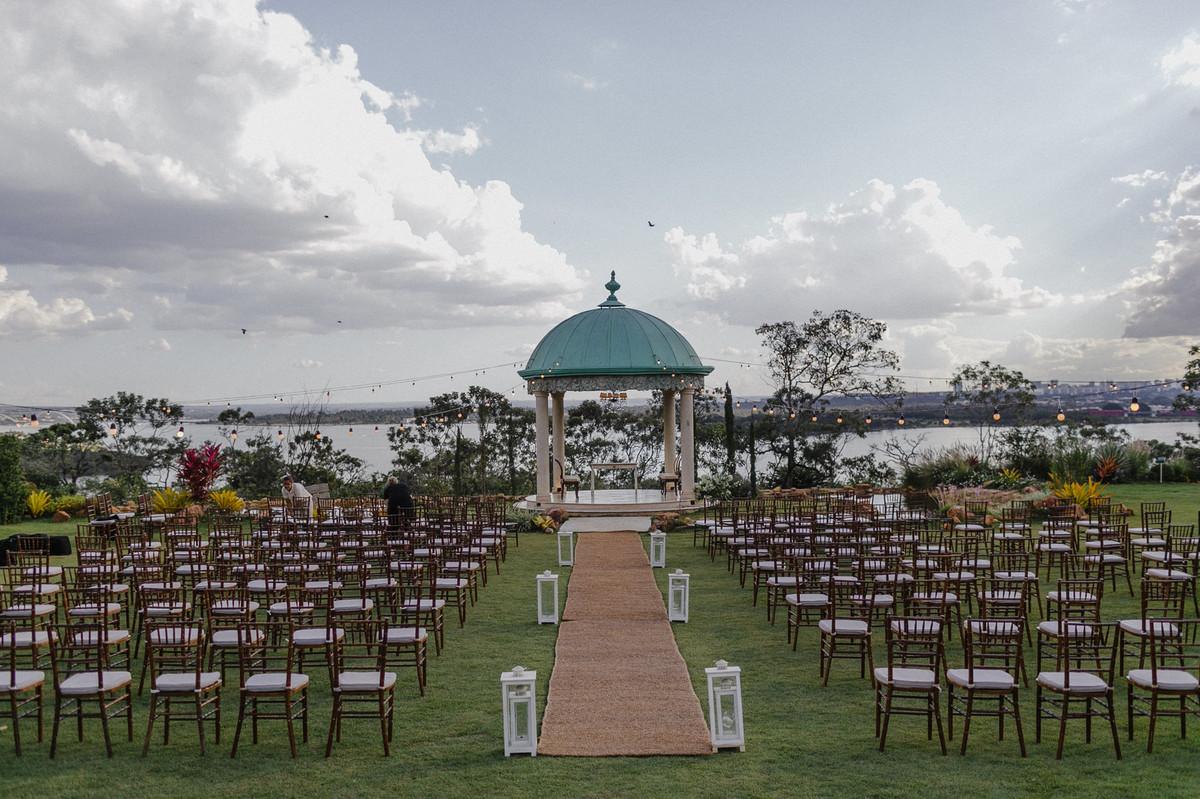 Momentos antes do casamento no Villa Giardini. Foto pelo fotógrafo de casamento Gabriel Pelaquim.