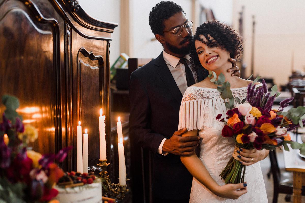 Noivos do editorial.  Foto feita pelo fotógrafo de casamento Gabriel Pelaquim.