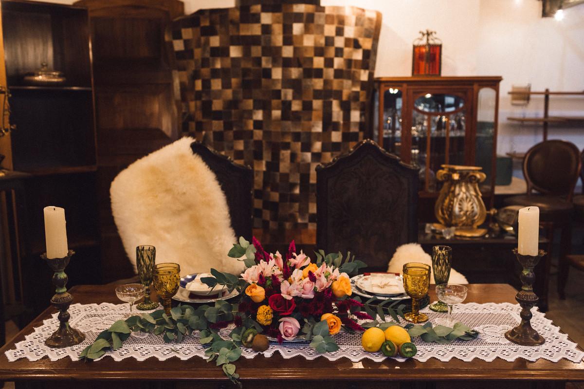 Decoração da mesa do editorial. Foto feita pelo fotógrafo de casamento Gabriel Pelaquim.