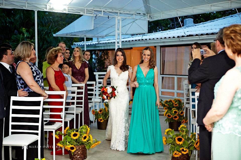 fotografo de casamento em florianopolis, melhor fotografo de florianopolis, mario oliveira, casamento terraço cacupe, joinville, casamento na praia, foto do making of da noiva, casamento rock and roll