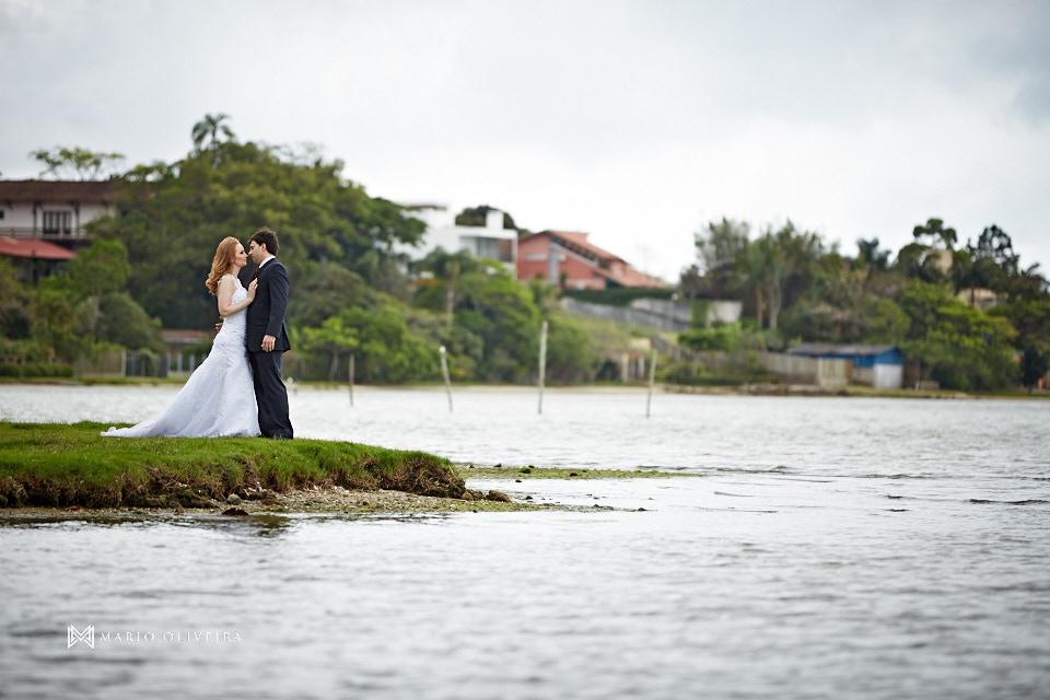 ensaio pré casamento, ensaio fotografico, florianopolis, mario oliveira, pre wedding, fotógrafo de casamento, fotografia de casamento, foto de casal na praia, praia da joaquina, lagoa da conceição