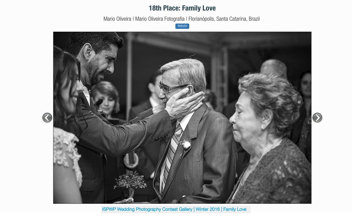 foto premiada na ISPWP com o noivo chorando com a mão no rosto do avô