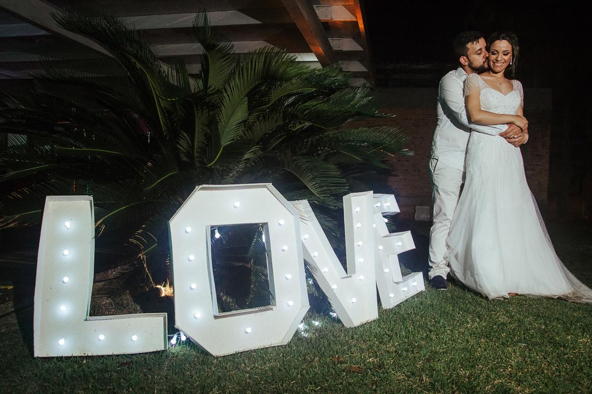 LOVE CARLA E RAFAEL FOTOGRAFIA DE CASAMENTO