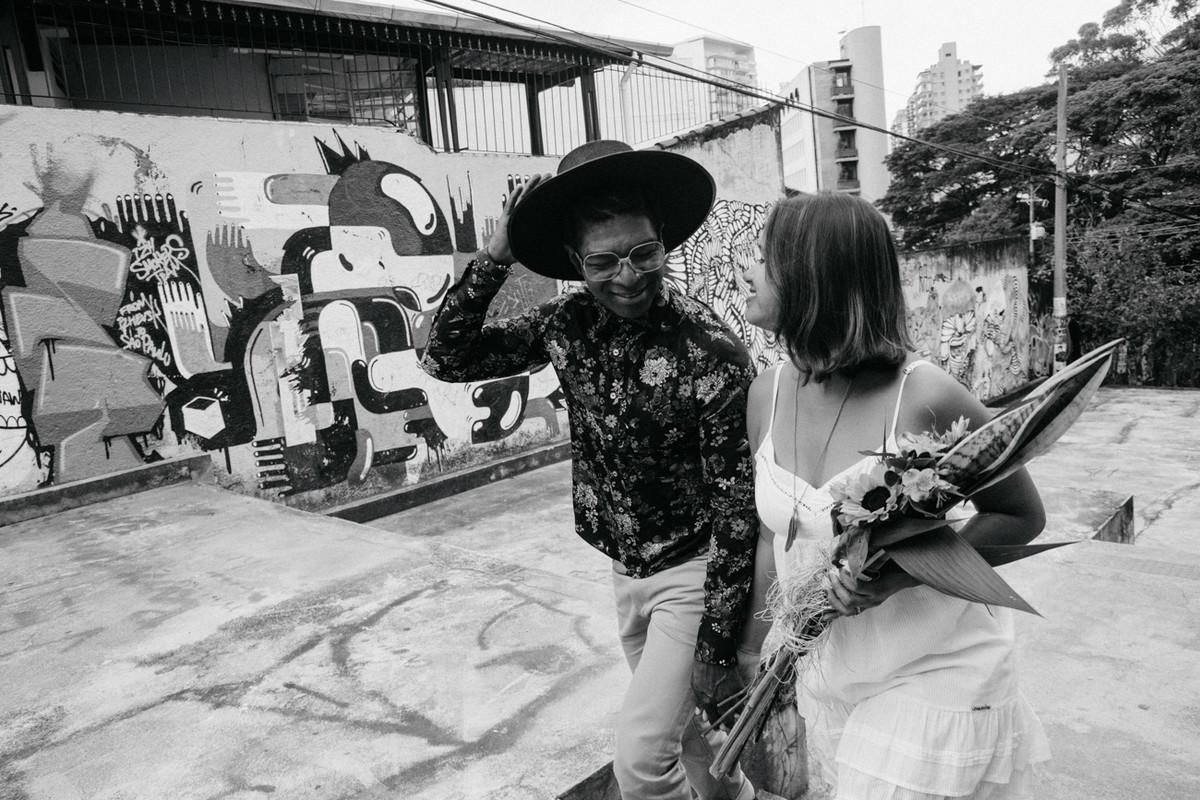 PRE CASAMENTO REALIZADO EM SAO PAULO SP PELO ESTUDIO DELFI FOTOGRAFO DE CASAMENTO QUE ATUA NAS CIDADES DE CAMPINAS SP E INDAIATUBA SP