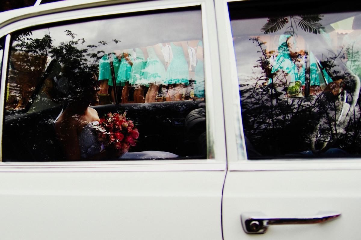 A FOTOGRAFIA DO CASAMENTO DA BRUNA E RAFA FICARAM LINDAS LINDA HISTORIA DO CASAMENTO CONTADA PELAS LENTES DO FOTOGRAFO DE CASAMENTO DELFI CASAMENTO FOI EM INDAIATUBA PROXIMO A CAMPINAS 15