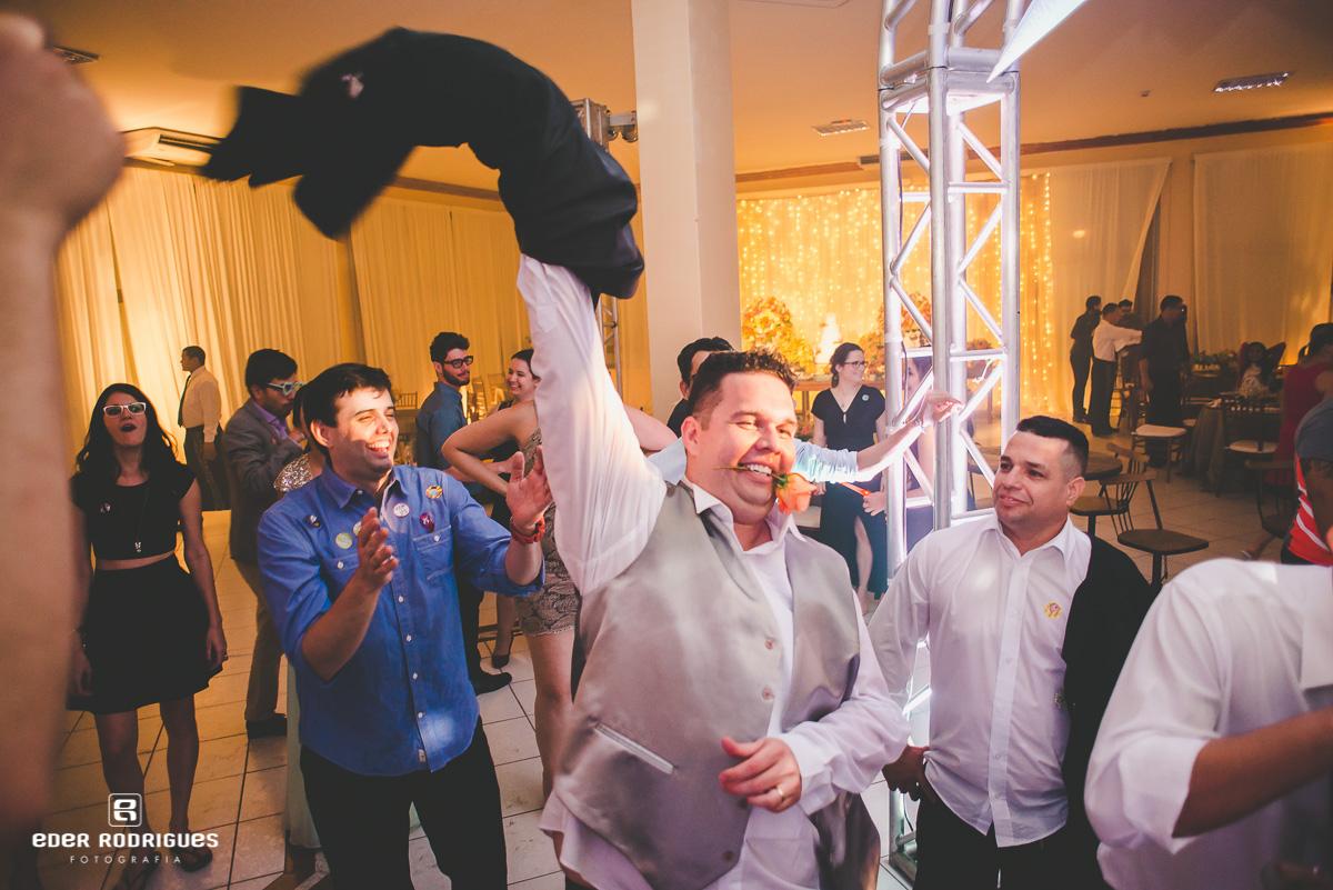 dançando na festa